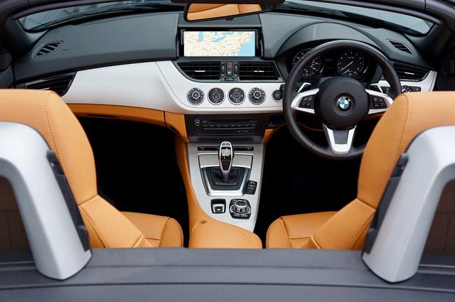jak jeździć automatem BMW