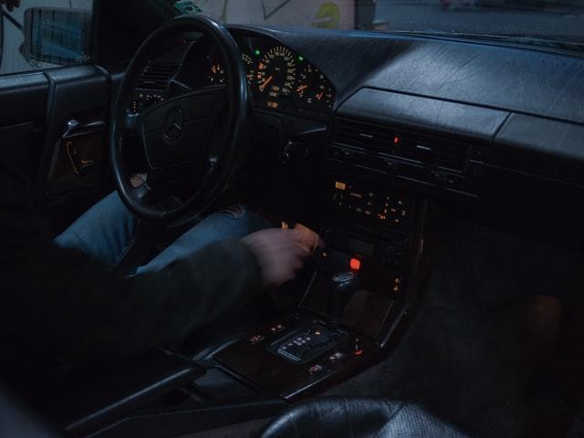 jak jeździć automatem Merccedes