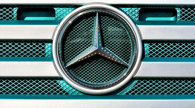 logo samochodów mercedes
