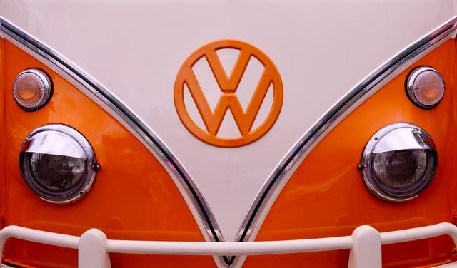 marki samochodów — logo volkswagen